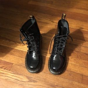 Dr. Martens 8 eye patent size UK 7 EUR41 US 9 $65
